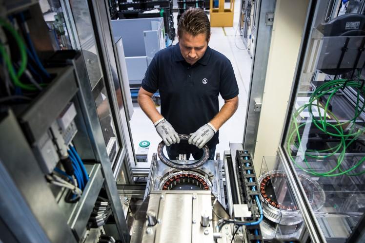 Stator-Montage für Elektromotor