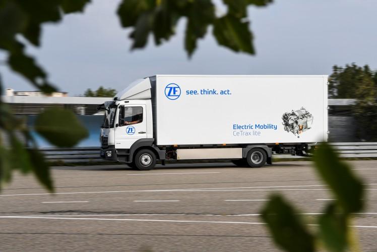 ZF baut sein weltweites E-Mobilitätsangebot für Nutzfahrzeuge weiter aus.