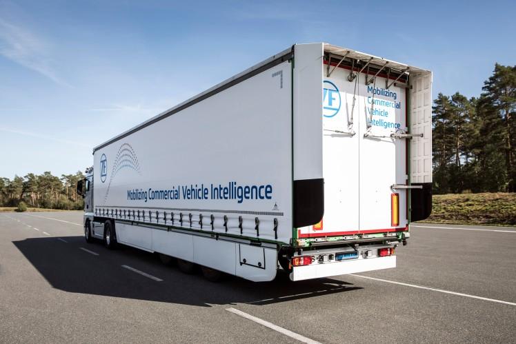 Prototyp nákladního vozidla s přívěsem s nízkou spotřebou paliva