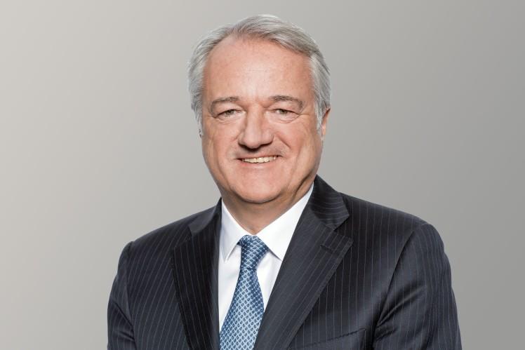 Dr. Konstantin Sauer