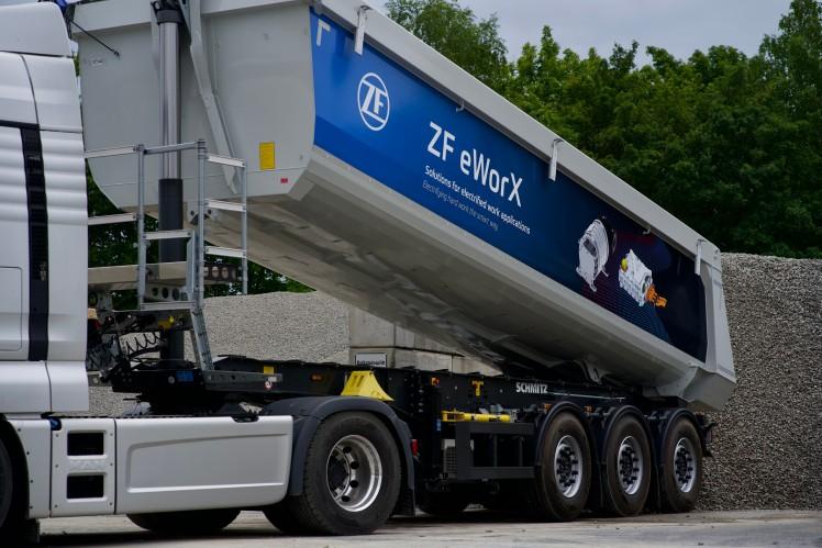 ZF eWorX macht Nebenabtriebe für Nutzfahrzeuge komplett elektrisch