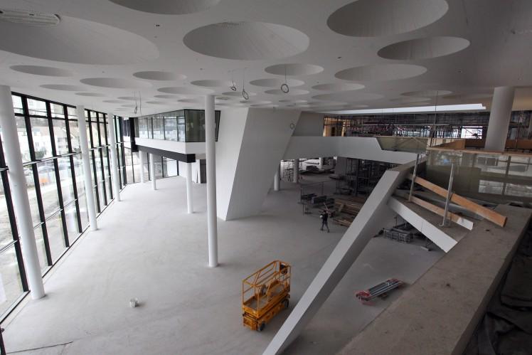 Cafeteria im Eingangsbereich ZF Forum