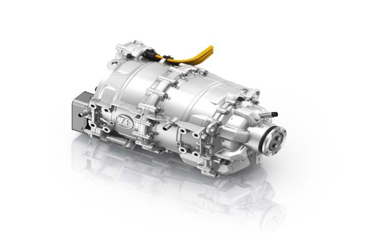 """""""Plug-and-Drive"""": Der elektrische Zentralantrieb CeTrax lässt sich in bestehende Fahrzeugplattformen integrieren."""